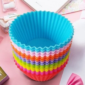 Other - 16 Silicone Baking Cups Cupcake Liners